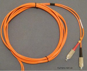 Color de Patchcord Multimodo con Conectores SC.