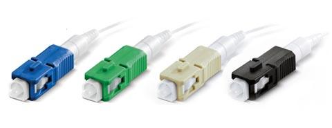 Conector instalable en campo