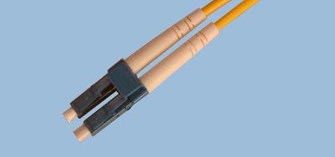 Latiguillo LC de fibra óptica con polaridad inversa