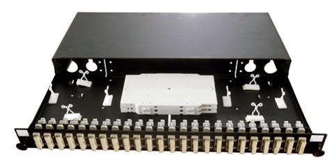 Panel SC dúplex / LC quad de 24 puertos