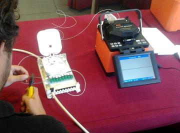 Curso técnico sobre FTTH en Cáceres
