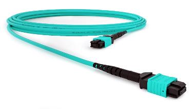 Latiguillo de fibra OM3 u OM4, MPO-MPO.