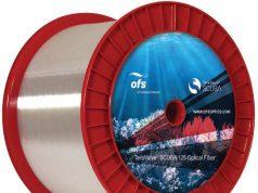 Fibra óptica para sistemas submarinos