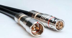 Conectores híbridos cobre y fibra óptica