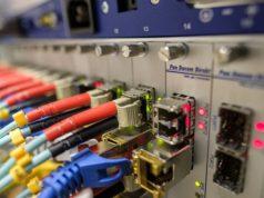 Internet fibra rápido y de fácil